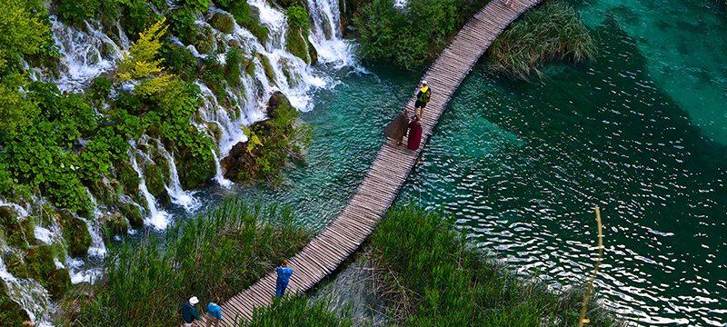 Plitvice_lakes-00